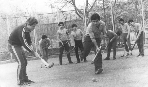 Подготовка к хоккейному сезону. Кировакан, 1985 год